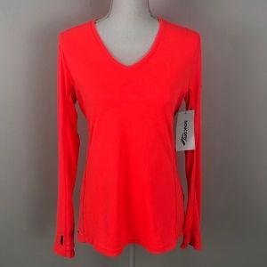 Saucony Long Sleeve V-Neck Shirt Size Med NWT